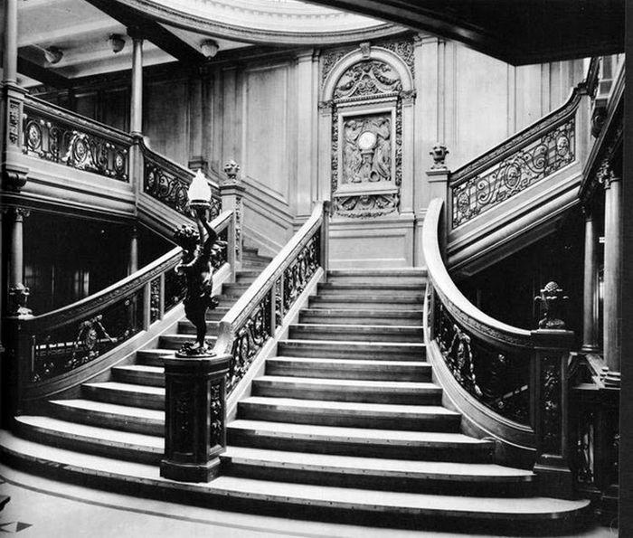 Astonishing Tour Inside The Titanic (25 pics)