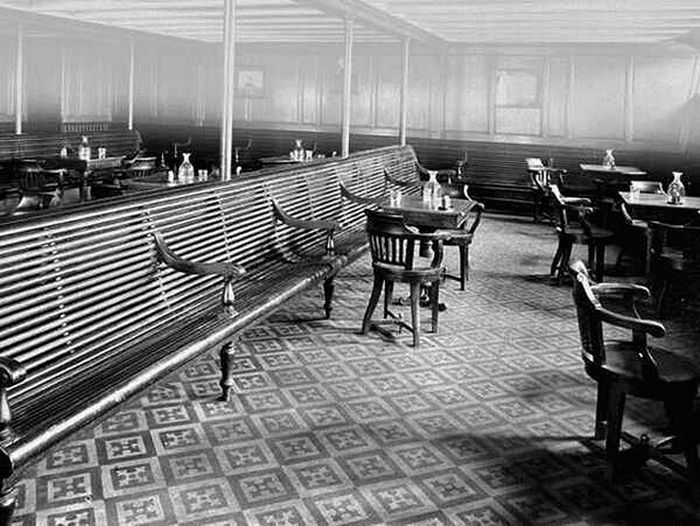 Astonishing Tour Inside The Titanic (25 pics)