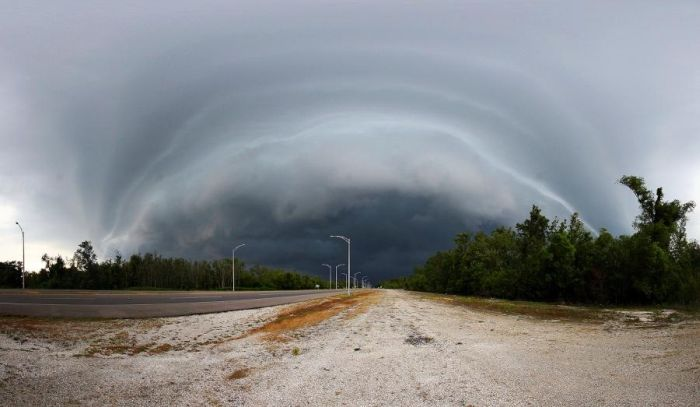 Storm and Bad Weather Photography (99 pics)