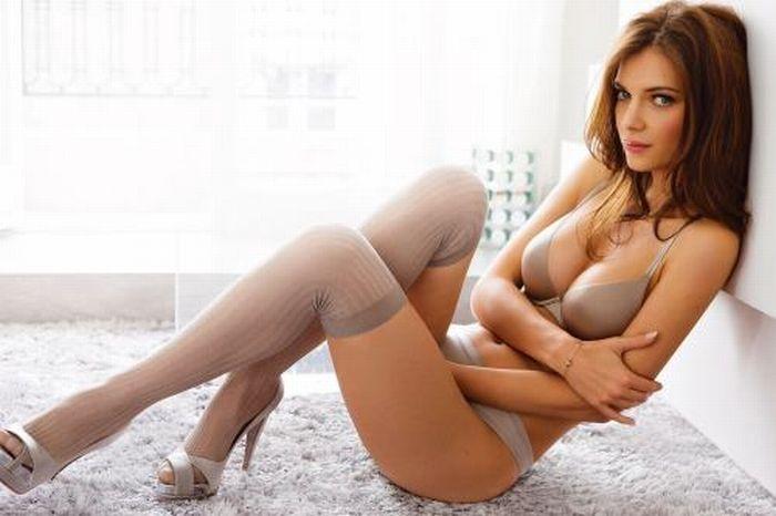 Sexy Readhead Beauties (33 pics)