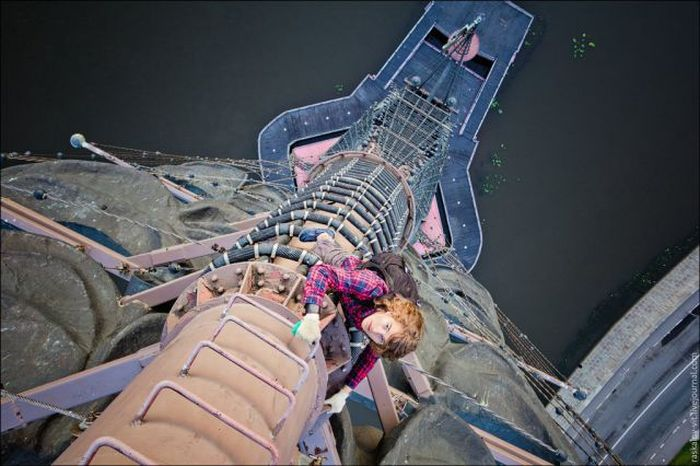 Inspiring Rooftop Fearless People Photography (49 pics + 1 video)
