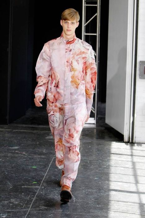 Weird New York Fashion Week Style (23 pics)