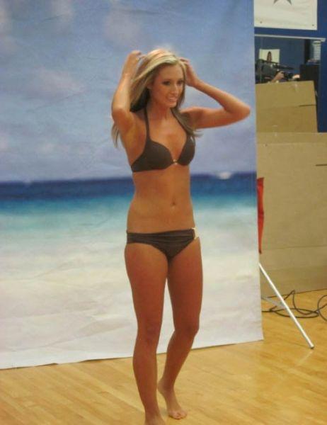 Hot Dallas Cowboys Cheerleaders Social Network Photos (100 pics)