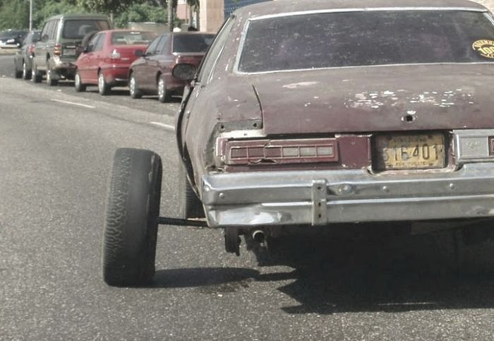 Real Life Car Technical Nightmares (33 pics)