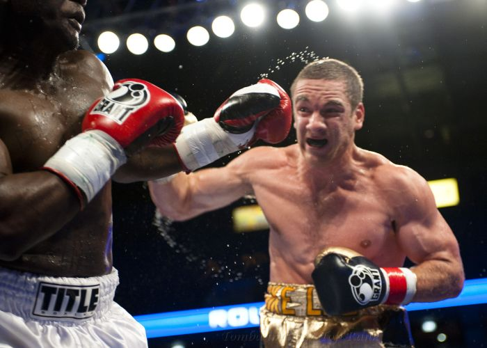Powerful Boxing Punches (36 pics)