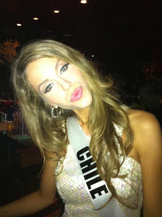 Funny Faces by Miss Universe Contestants (28 pics)
