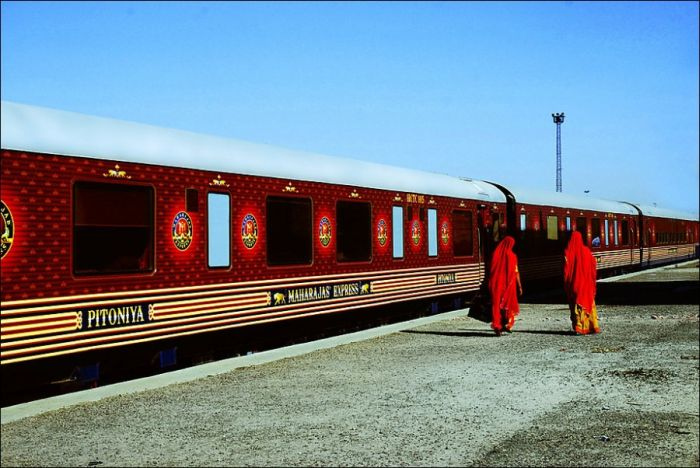 Luxurious Indian Train (28 pics)
