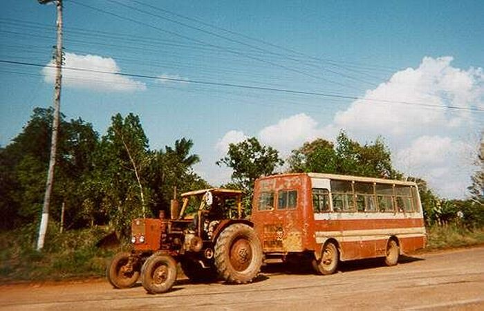 Public Transportation in Cuba (11 pics)