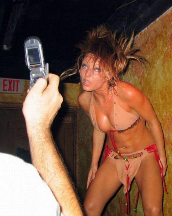 Hot Girls Doing Strange Things. Part 6 (37 pics)