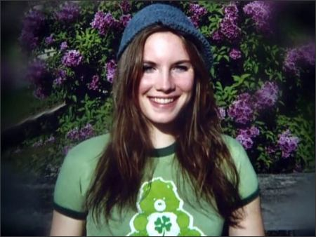 Amanda Knox is Free (video + pics)