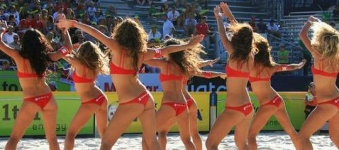 Cheerleaders: Beach Edition (20 pics)