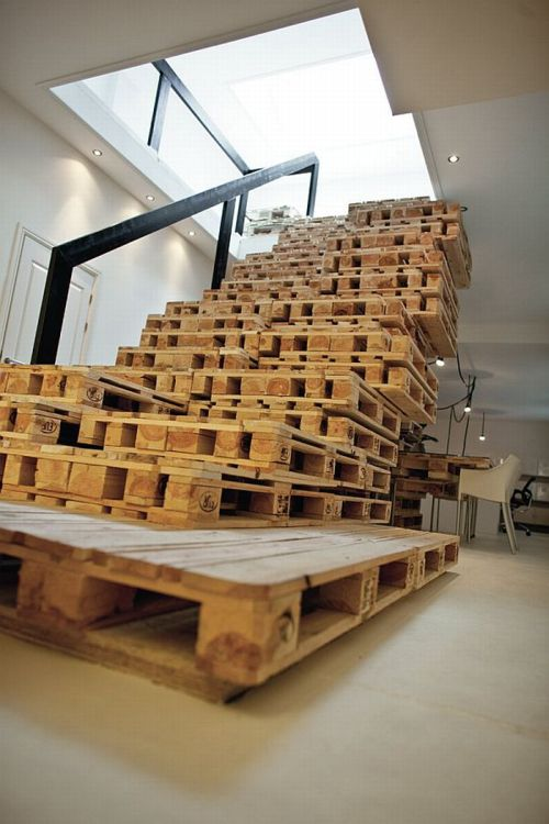 Things Made Out of Old Pallets (23 pics)