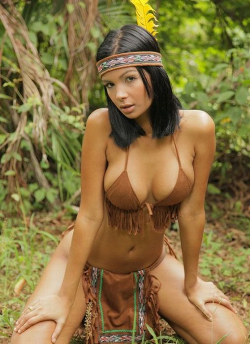 Sexy Native Americans (31 pics)
