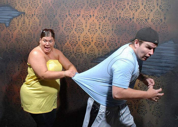 Photoshopped Visitors of Nightmares Fear Factory (54 pics)