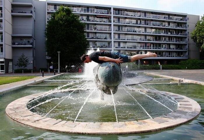 Bizarre Planking Positions (16 pics)