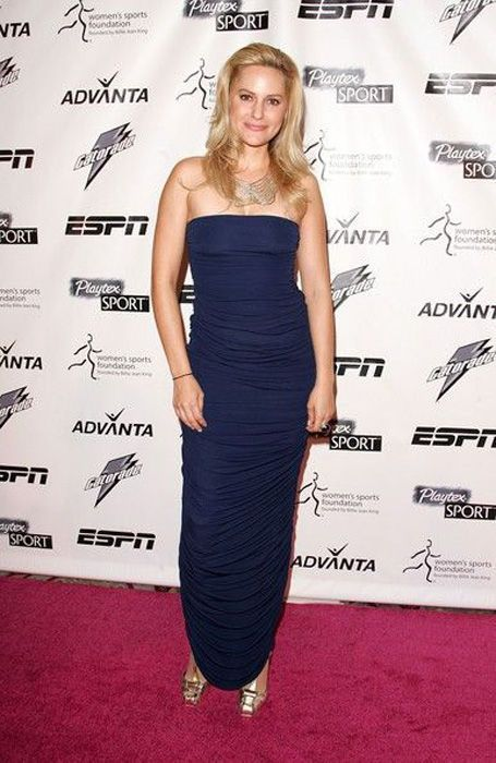 Aimee Mullins. The Story of a Strong Woman (23 pics)