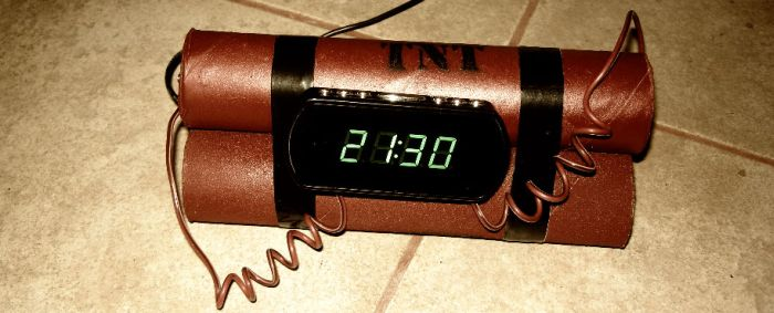 Self Made Alarm Clock (5 pics)