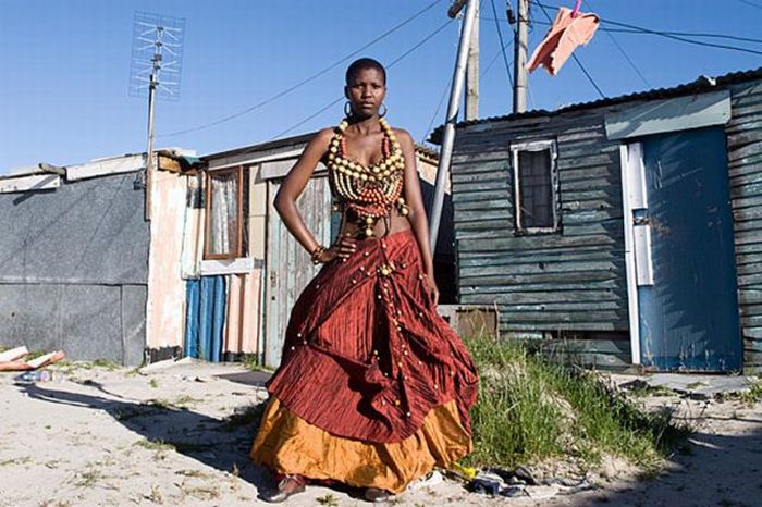 South African Slum Graduates Dress Up (14 pics)