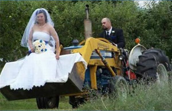 Weird and Funny Wedding Photos (58 pics)