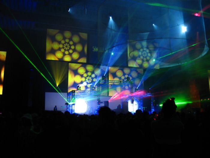Amazing Light Show Rave Parties (30 pics)