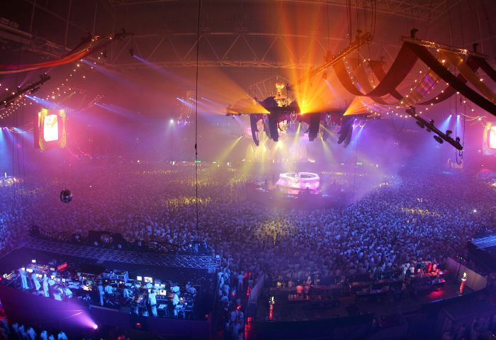 Amazing Light Show Rave Parties (30 pics)