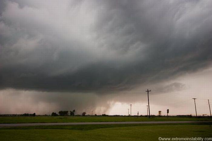 Eye of a Tornado (22 pics)