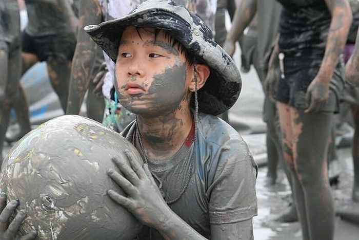 Mud Fun in South Korea (15 pics)