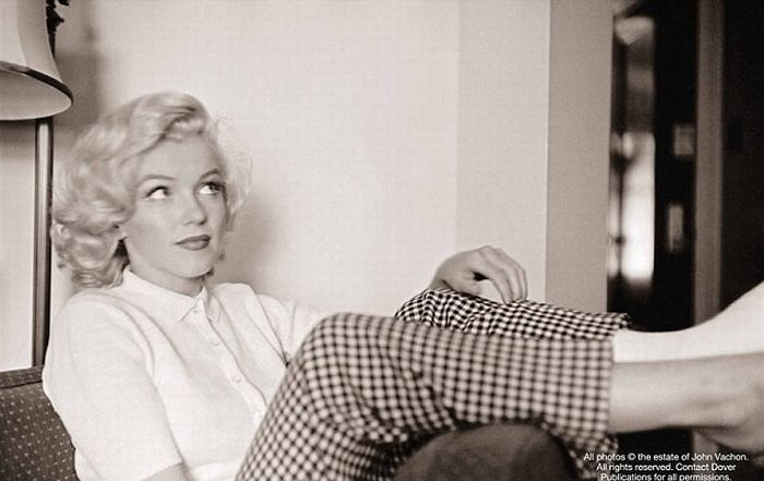 Images of Injured Marilyn Monroe (10 pics)