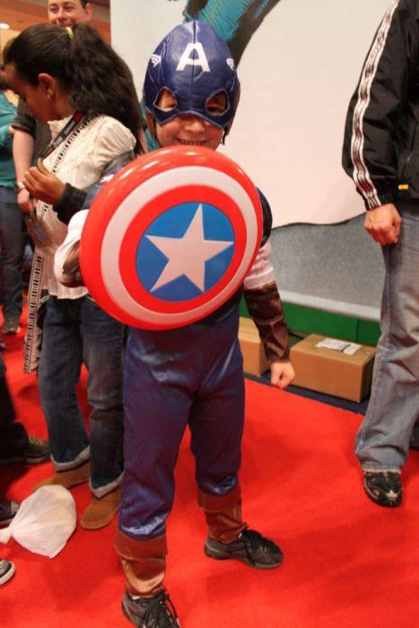 Kid Cosplayers at Comic Con (23 pics)
