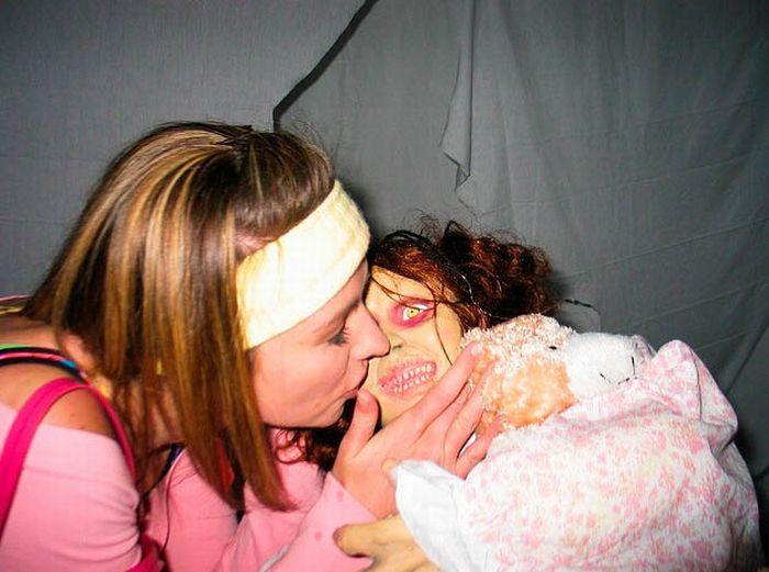 Drunk Girls on Halloween (62 pics)