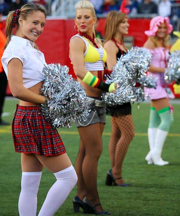 Hot Nfl Cheerleader Costumes 79 Pics-4577