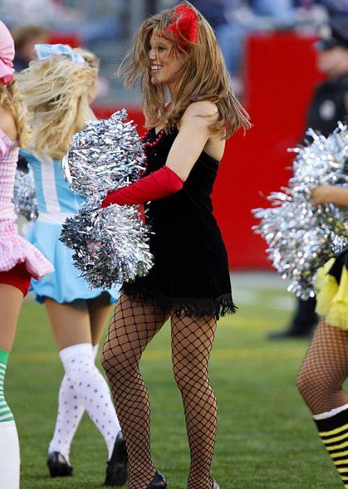 Hot Nfl Cheerleader Costumes 79 Pics-7214