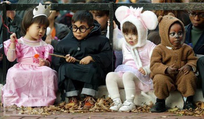 The Evolution of Halloween Costumes (87 pics)