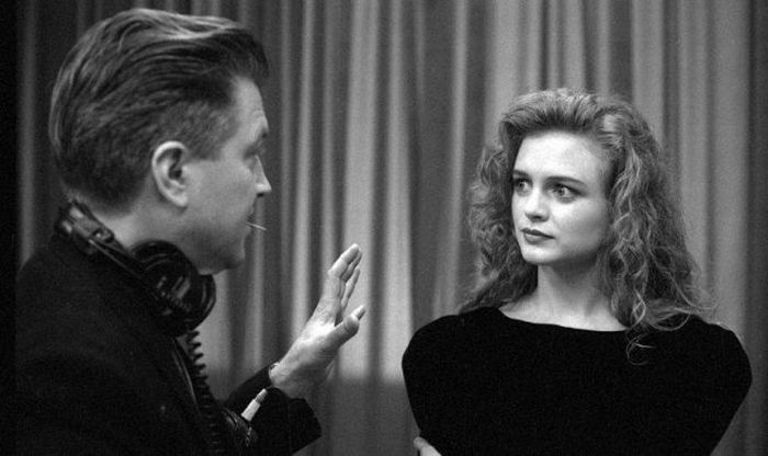 The Last Day on the Twin Peaks Set (24 pics)
