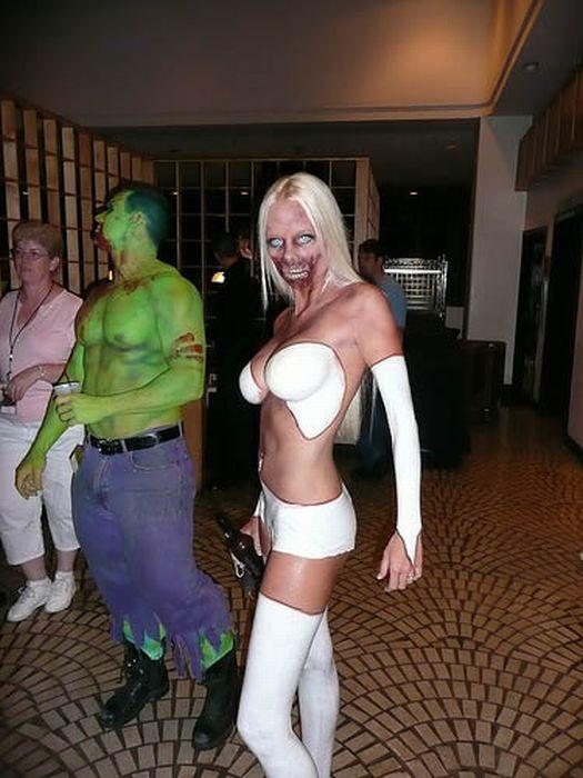naked zombi girl sexy