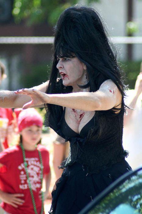 Sexy Zombies (48 pics)