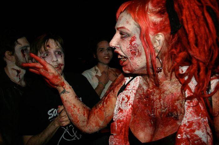 Sexy Zombies 48 Pics-6350
