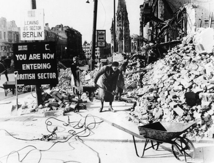 World War II: After the War (45 pics)