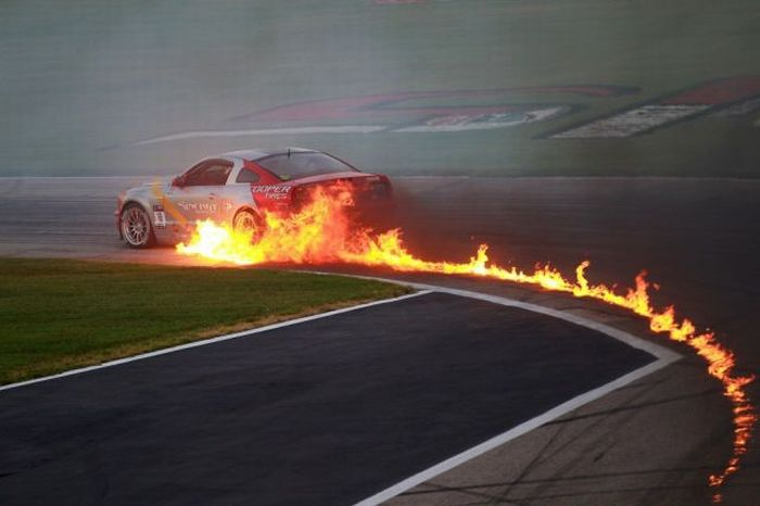 Awesome Racing Photos (122 pics)