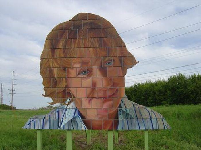 Giant Cut-Out People (50 pics)