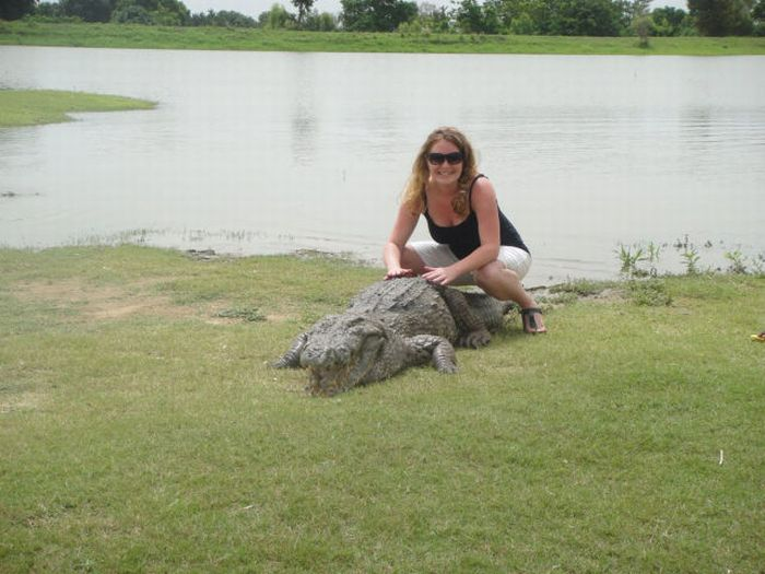 Paga Crocodile Pond in Ghana. For Brave Tourists Only (19 pics)