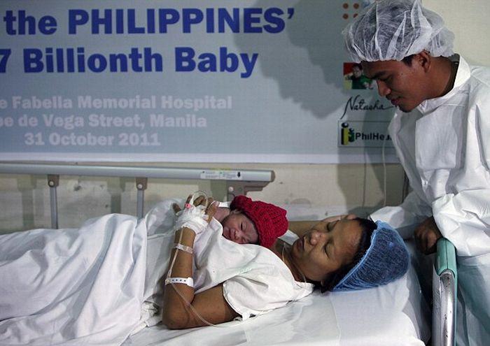 Meet Danica, the World's Seven Billionth Baby (5 pics)
