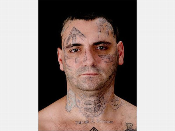 Skinhead Bryon Widner With and Without Tattoos (12 pics)