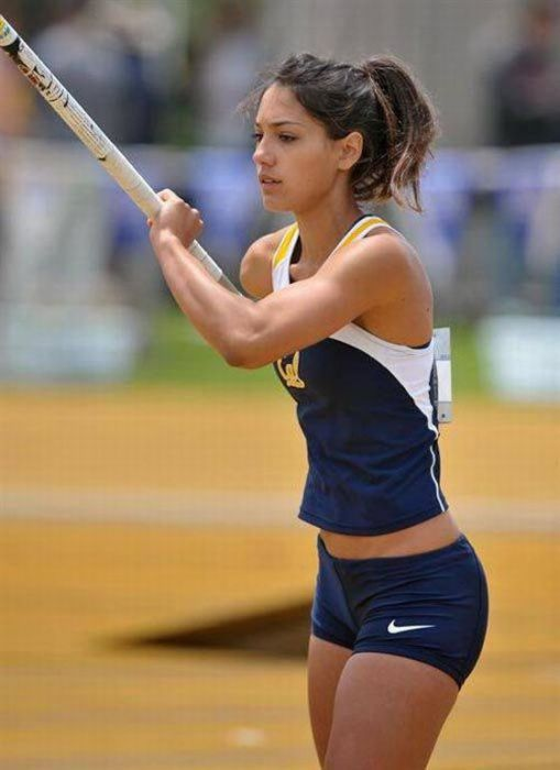Sexy Sports Girls (39 pics)