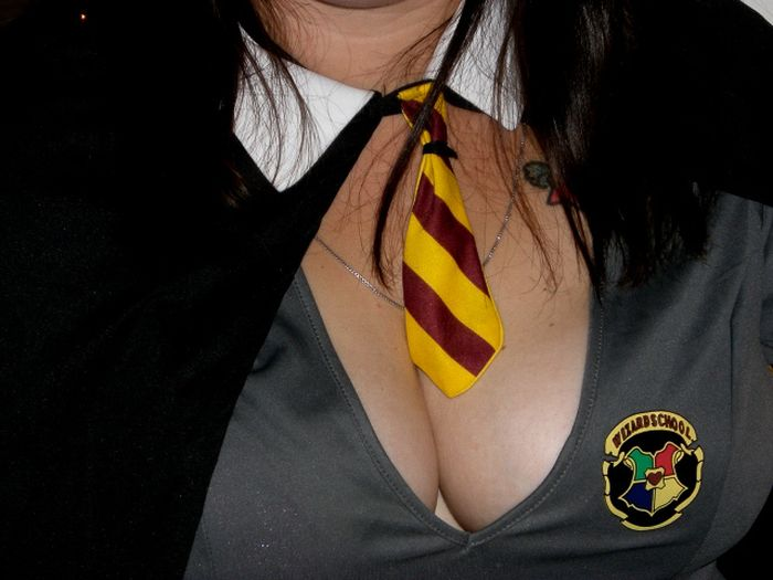 Sexy Halloween Cleavage (74 pics)
