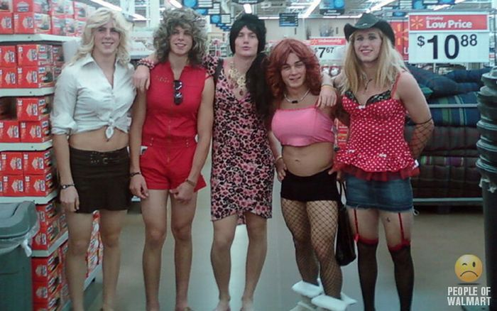 People of WalMart. Part 13 (55 pics)
