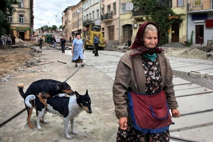 Inexplicable Photos From Russia (32 pics)