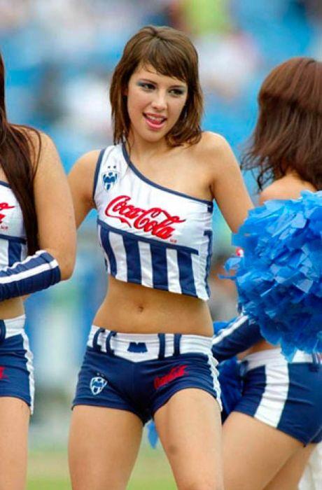 Mexico Cheerleaders (78 pics)