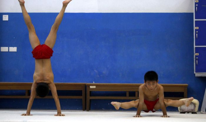 Chinese Gymnastics School. Part 2 (18 pics)