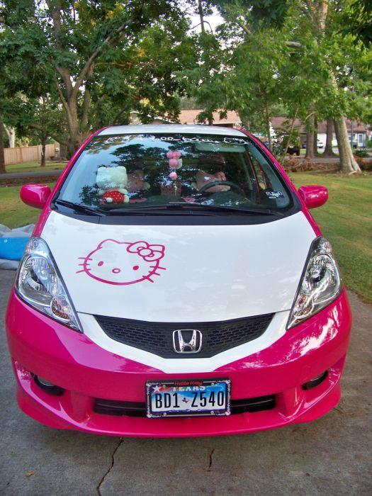 Hello Kitty Honda Fit 2010 (21 pics)